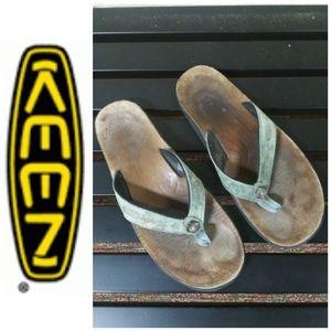 Keen | Leather Thong Sandals Green Sz. 9